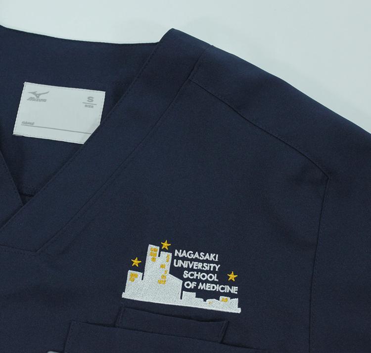 スクラブ 刺繍02