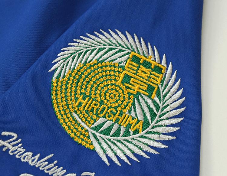 スクラブ 刺繍03