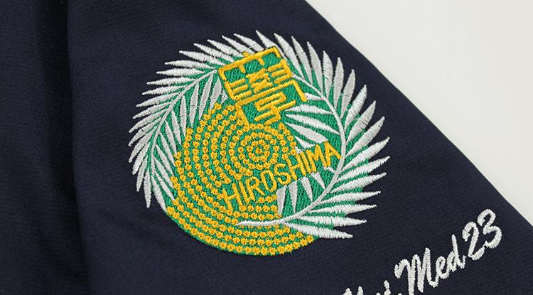 スクラブ 刺繍06